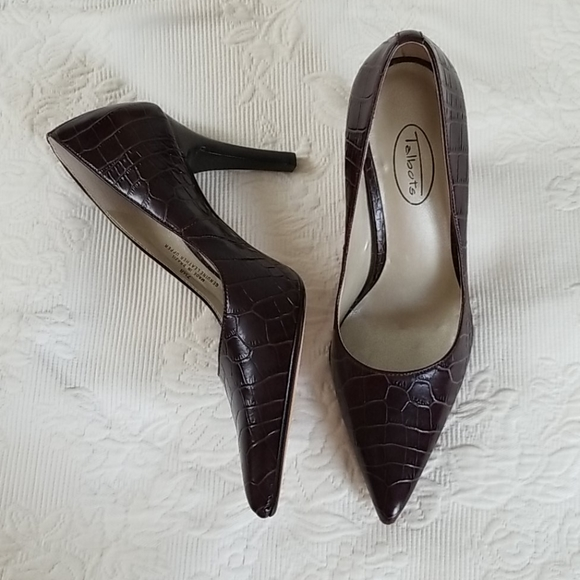 Bew Talbots Leather Croco Embossed Heels